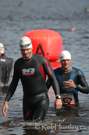 2009 Ottawa Riverkeeper Triathlon. Getting acclimatized to the cold water before the start of a race.   © Rob Huntley