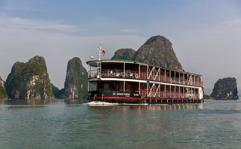 halong-bay--red-river_32187488353_o.jpg