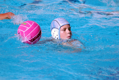 Ventura Youth Water Polo League - 2009 Fall Championship Tournament - Santa Barbara Water Polo Club vs Westlake 12U Coed 11/22/09. Final score 7 to 6. SBWPC vs WWPC. Photos by Allen Lorentzen.