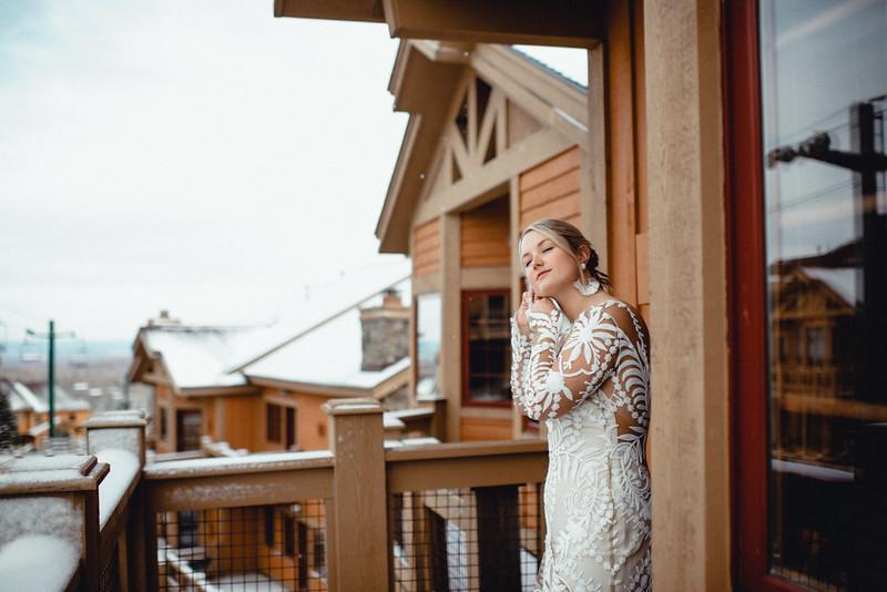 Requiem Images - Luxury Boho Winter Mountain Intimate Wedding - Seven Springs - Laurel Highlands - Blake Holly -288.jpg