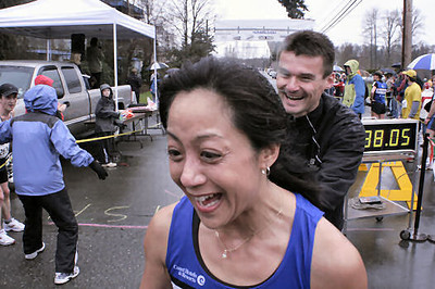 2005 Comox Valley Half Marathon - ComoxHalf2005-Al-Livsey-069.jpg