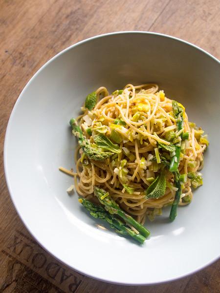 asparagus pasta on barrel 3.jpg
