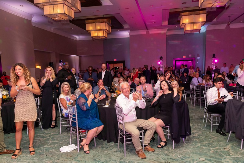 2019_11_Yachtail_Party_00744.jpg