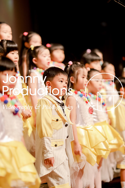 0021_day 1_yellow shield_johnnyproductions.jpg