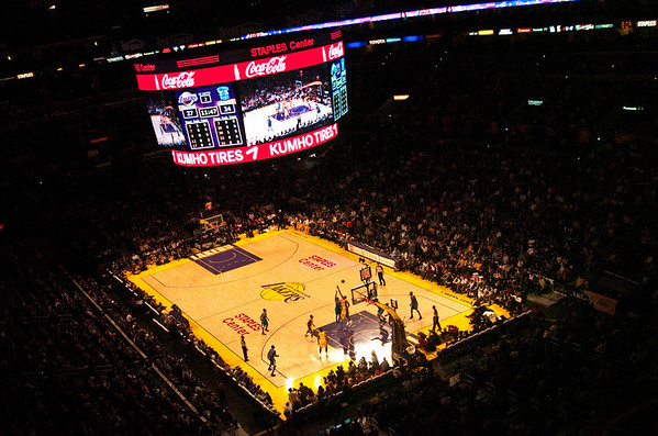 Lakers vs Hornets