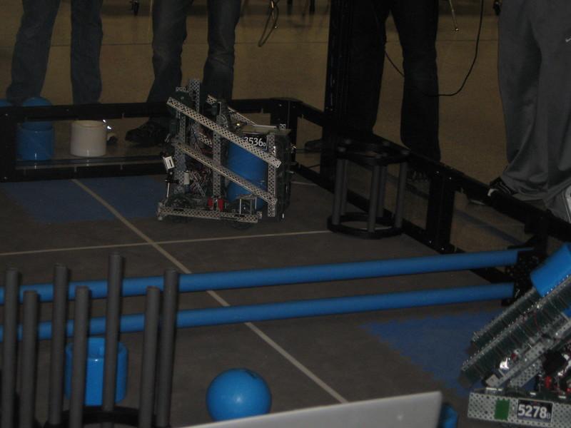 Robo Comp and vid game night 109.JPG