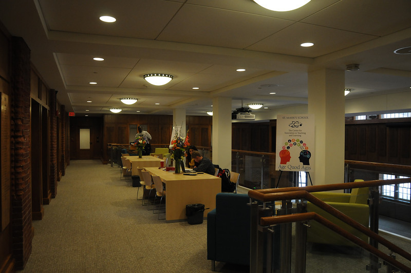 The second level houses offices, study and tutorial spaces as well as resource rooms.