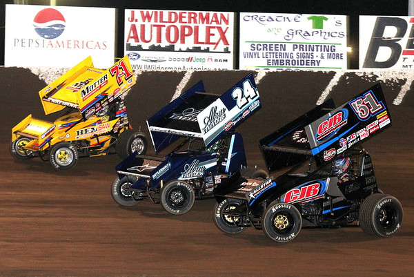 Tri-State Speedway; World of Outlaw Sprint Cars 5-3-15