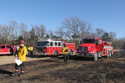 Princeton TX. Mutual Aid Grass fire ignites barn fire. 1/31/17