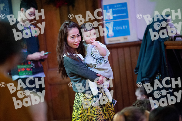 ©Bach to Baby 2019_Laura Woodrow_MuswellHill_2019-19-12_ 10.jpg