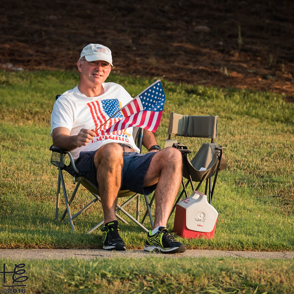 Patriotic spectator