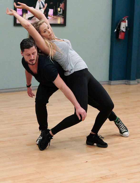 """. DANCING WITH THE STARS - Rehearsals - This season\'s dynamic lineup of stars will perform for the first time on live national television with their professional partners during the two-hour season premiere of \""""Dancing with the Stars,\"""" MONDAY, SEPTEMBER 16 (8:00-10:01 p.m., ET) on the ABC Television Network.  (ABC/Rick Rowell) VAL CHMERKOVSKIY, ELIZABETH BERKLEY LAUREN"""