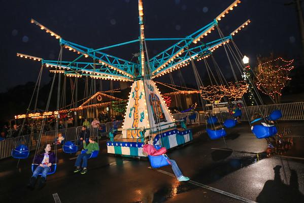 2014 Dec 6 - Kannapolis Christmas Festival Village Park