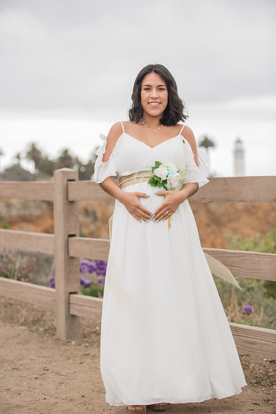Maternity Shoot-1093.jpg