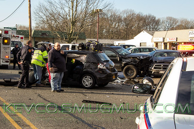 MVA Heavy Rescue Mastic Beach Rd & Quay, 4-12-16