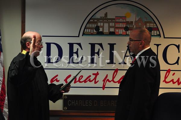 01-14-14 NEWS Defiance Council Members Sworn In