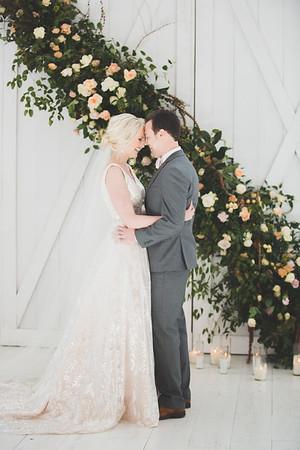 SSA Indoor Couple