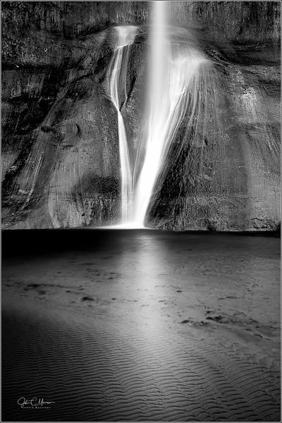 JZ6_5264 Calf Creek Falls B&W LPr3W.jpg