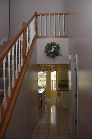 DSC_0608 Two-story Foyer.jpg