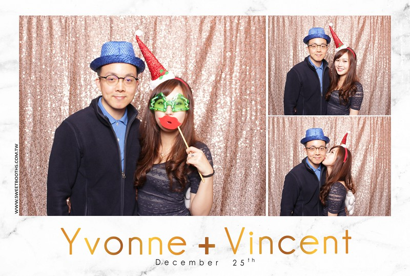 Yvonne.Vincent_12.25 (37).jpg