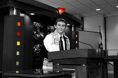 Gavin B Bar Mitzvah. Buffalo Grove, 11/10/12 Photography by: Ccreative Images Photography. All rights reserved.