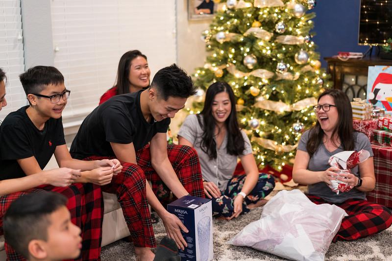 20191225_christmas-ho-family_032.jpg