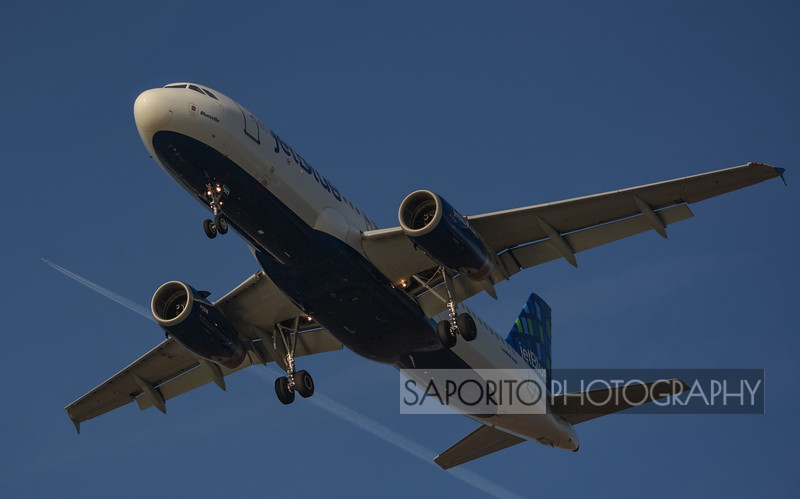JetBlue A320 With High-Flying Company