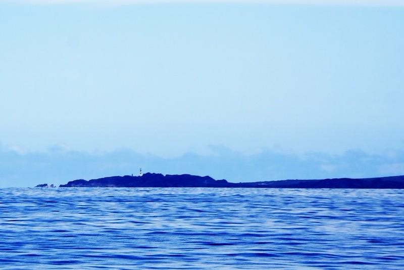 Punta de Teno z moře. Před pár dny jsme právě tam fotografovali západ slunce.