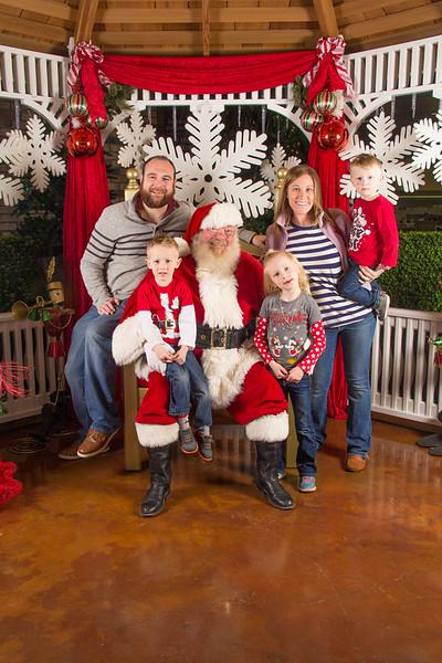 Santa 12-16-17-36.jpg