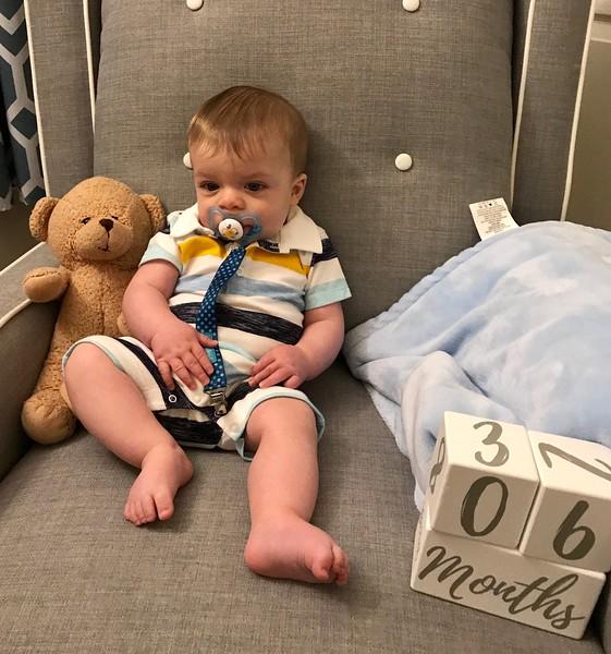 Liam 6 months