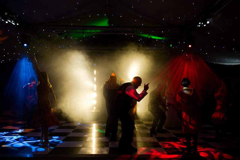 wedding-photographer-braxtedpark-essex-dancing-(72).jpg
