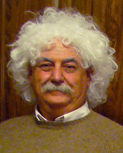 2008–A — Albert Einstein (with Mary Poppins)