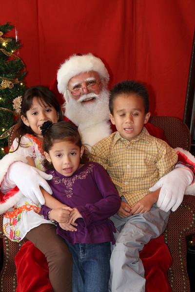 Santa Clause 27NOV2010-159.JPG