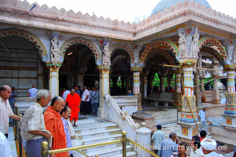 morning worship at Swaminarayan Temple Ahmedabad India (2).jpg