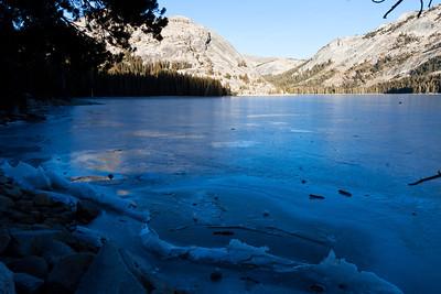 Eastern Sierras Winter Hiking