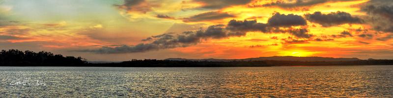 Ocean Sunrise. Art photo digital download and wallpaper screensaver. DIY Print.