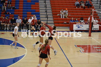 Volleyball: Heritage 3, Park View 0 by Kaitlyn Mason on October 18, 2016