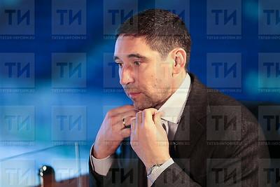 28.04.2018 Данис Зарипов - Андрей Кузьмин Без галстука (Рамиль Гали)