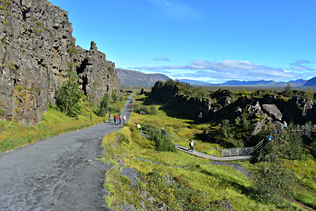 Almannagjá Rift valley in Þingvellir National Park, Iceland