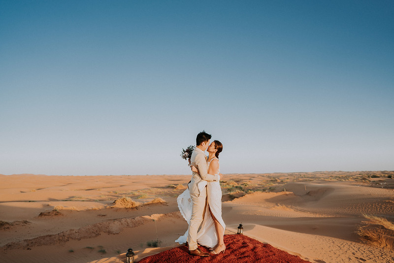 Tu-Nguyen-Destination-Wedding-Photographer-Morocco-Videographer-Sahara-Elopement-479.jpg