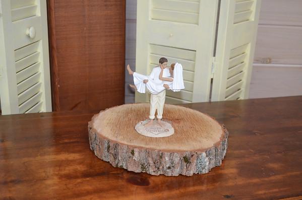 Kim Lauria Wood Themed Weddings 10/14