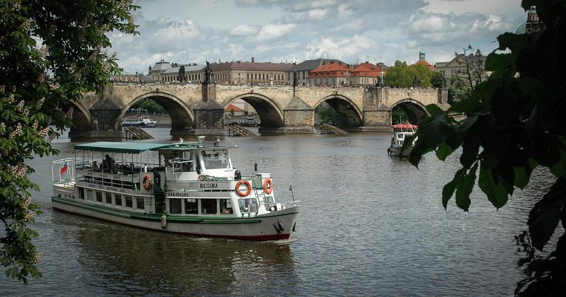Prague: Vlatava River & Charles Bridge
