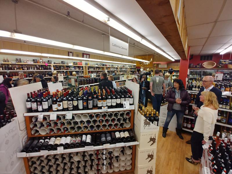 Pettyjohns 50th Anniversary wine beer boulder-14.jpg