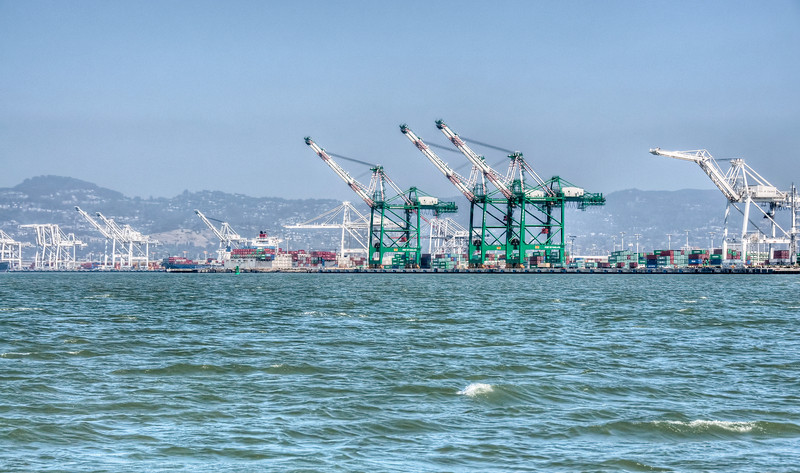 oakland-shipping-port.jpg