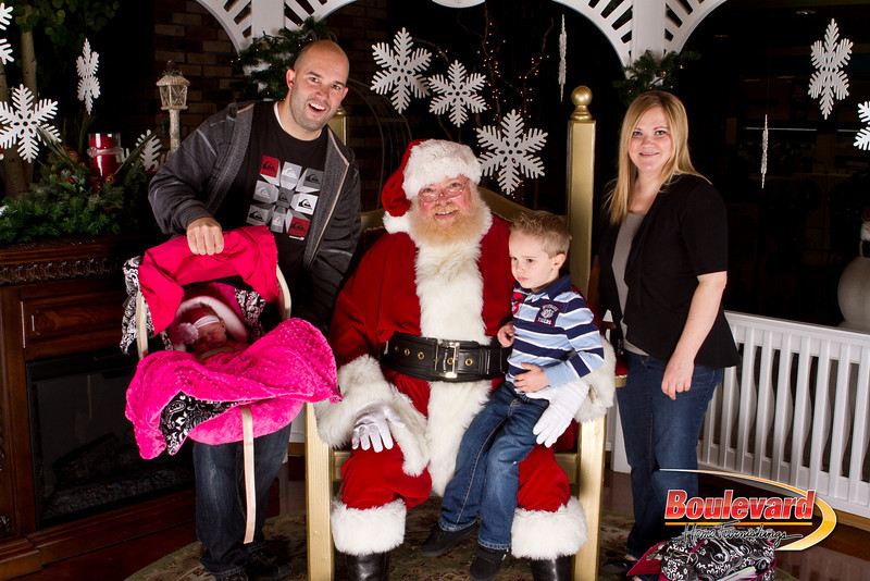 Santa Dec 15-245.jpg