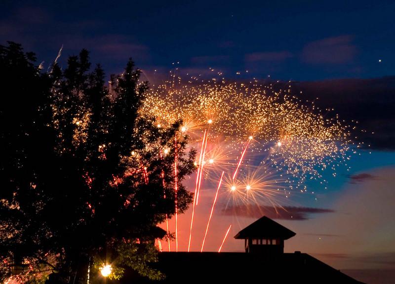 Fireworks at Burlington Waterfront - 1.jpg