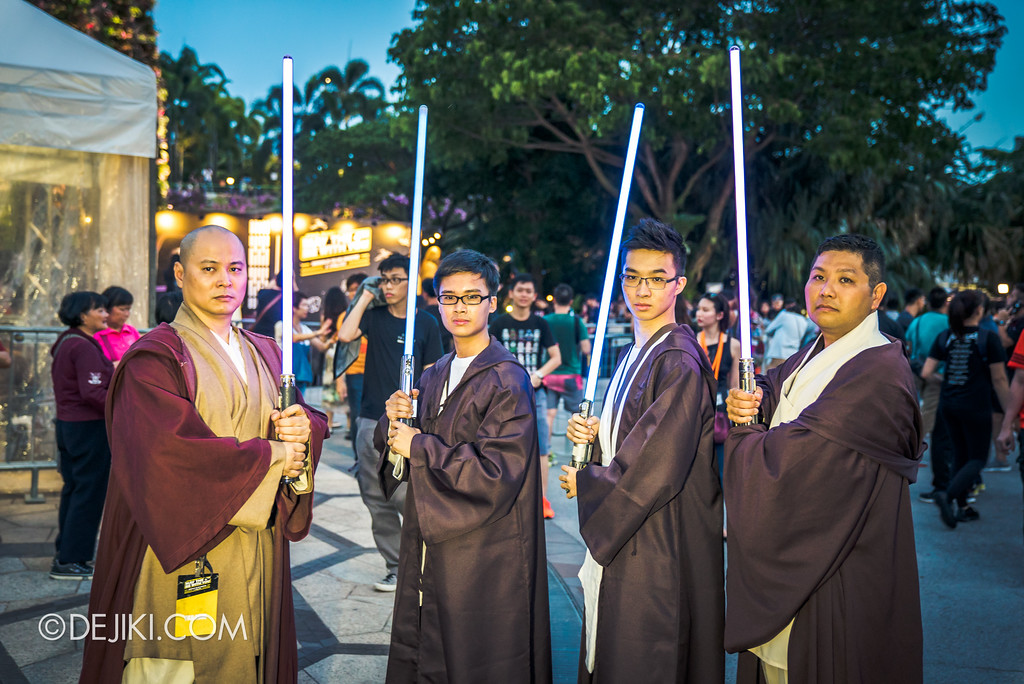Gardens by the Bay - Star Wars Day 2017 - Jedi cosplayers