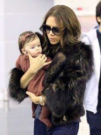 2011-11-16 - Victoria Beckham