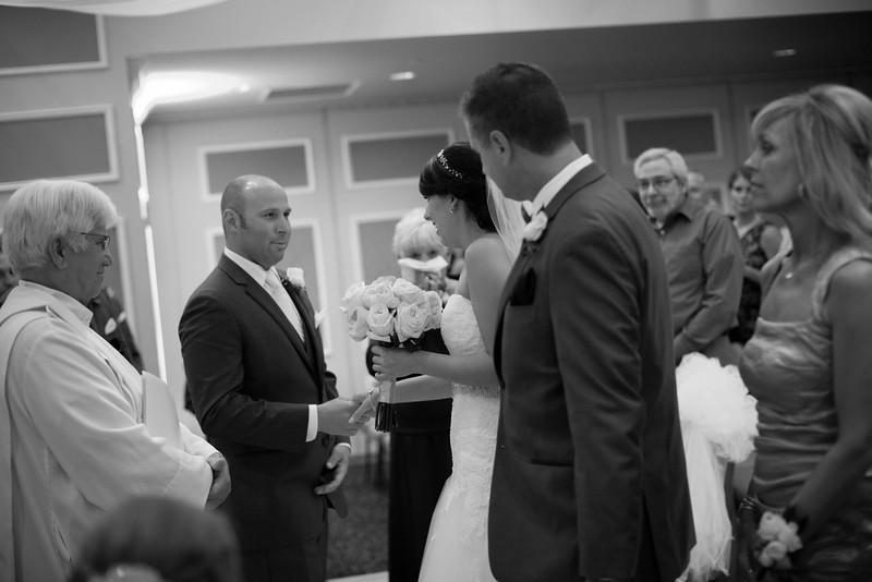 Matt & Erin Married _ ceremony (44).jpg