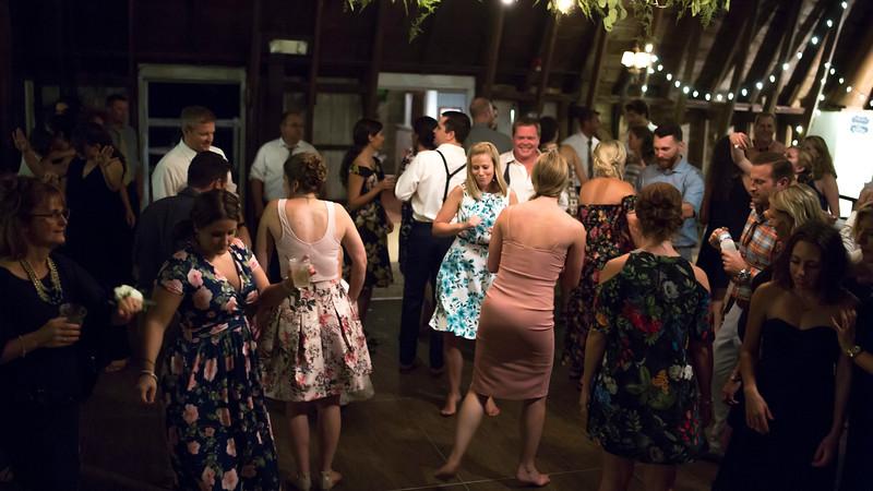 Garrett & Lisa Wedding (903).jpg